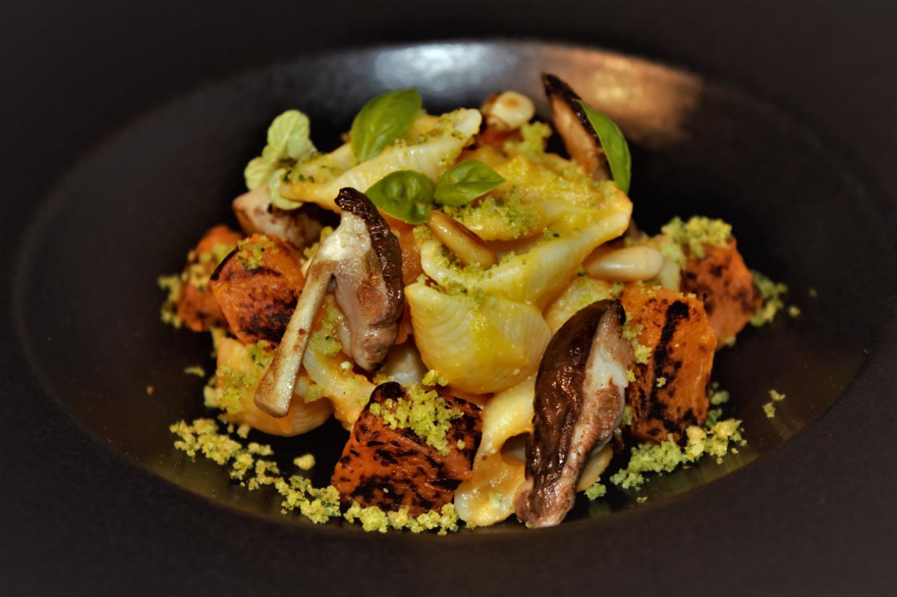 pasta autunnale porcini e zucca by chef robbie pezzuol